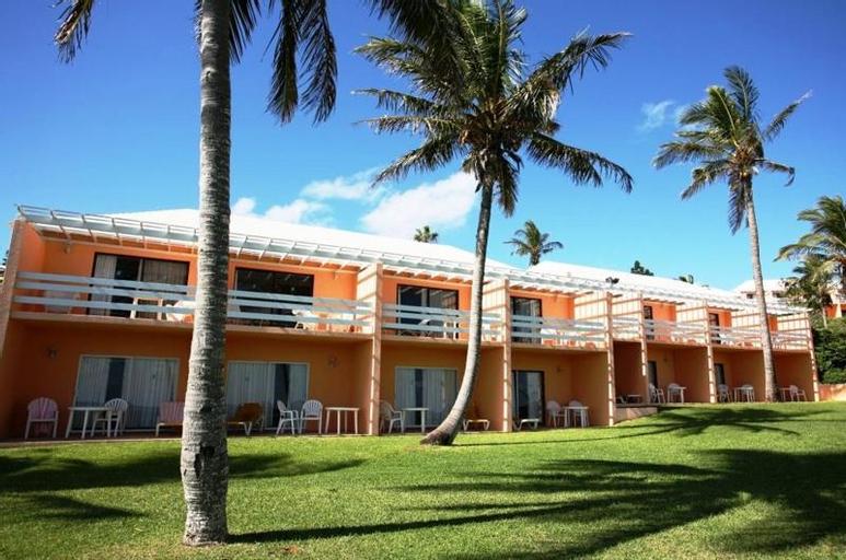 Coco Reef Resort Bermuda,