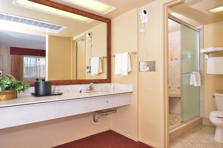 Best Western Plus King's Inn & Suites, Mohave