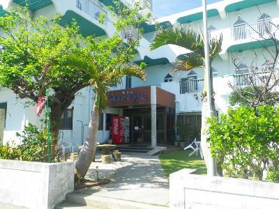 Iriomote Island Hotel, Taketomi