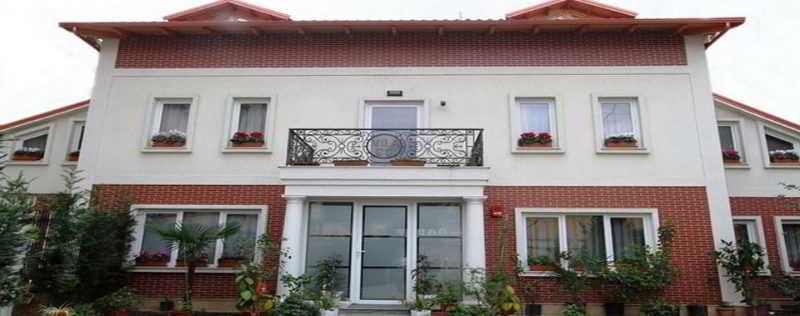 Vila 60 Hotel, Tiranës