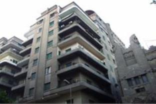 Select Hostel, Qasr an-Nil