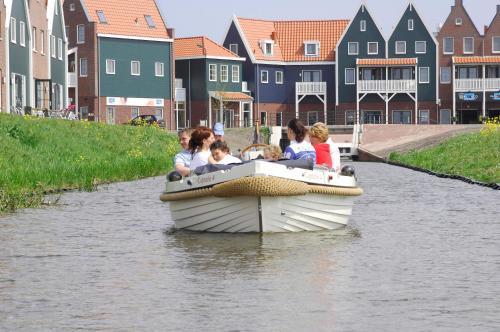 Roompot Hotel Marinapark Volendam, Edam-Volendam