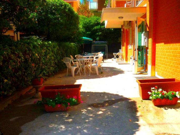 Hotel Maena, Rimini