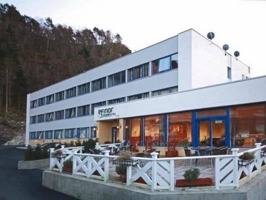 Kinn Hotell Florø, Flora