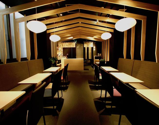 Qoo Hostel Osaka, Osaka