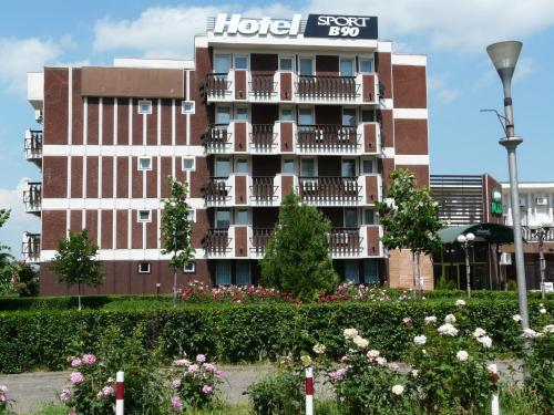 Hotel Sport B90, Buzau