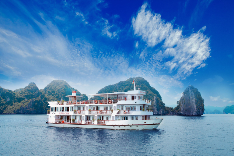 Halong Cristina Diamond Cruise, Hạ Long