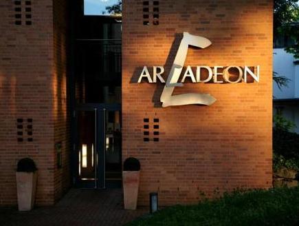 Arcadeon, Hagen