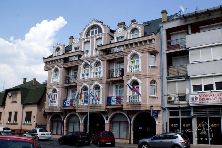 Ile De France, Novi Sad