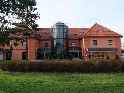 Zamecky Hotel Zlaty Orel, Přerov