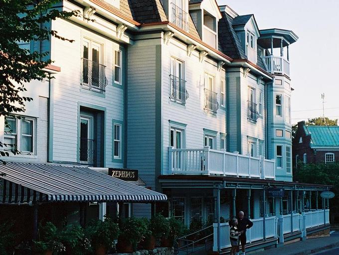 Mansion House Inn, Dukes
