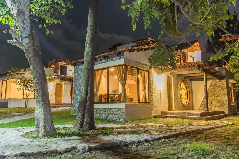 Villas Jucanya, NA
