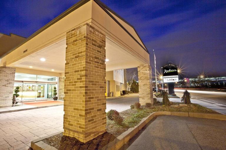 Radisson Hotel Providence Airport, Kent