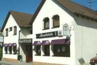 Schuhs Hotel & Restaurant, Karlsruhe