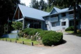 Nisqually Lodge, Pierce