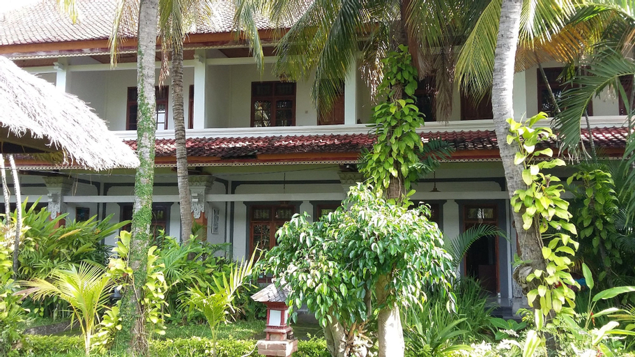 Padang Lovina Sea Side Cottage, Buleleng