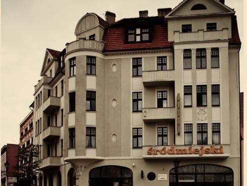 Hotel Śródmiejski, Zielona