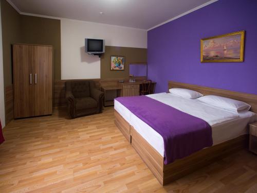 Gala Hotel, Kamianets'-Podil's'ka