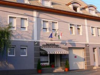 Hotel Vadaszkurt Superior, Székesfehérvár