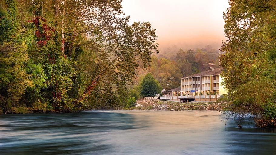 Best Western Plus River Escape Inn & Suites, Jackson
