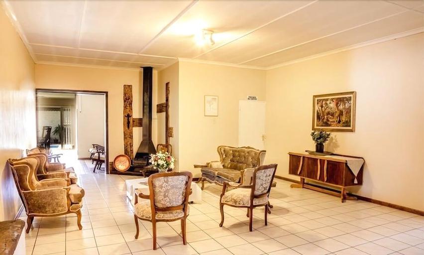 Karoo Country Guesthouse, Pixley ka Seme