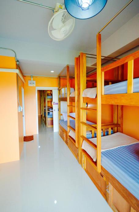 Nomad Hostel Krabi, Muang Krabi