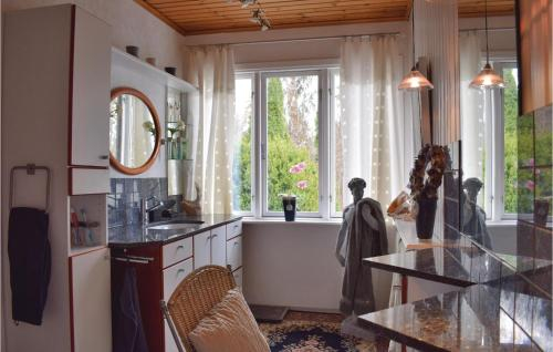 Six-Bedroom Holiday Home in Linneryd, Tingsryd