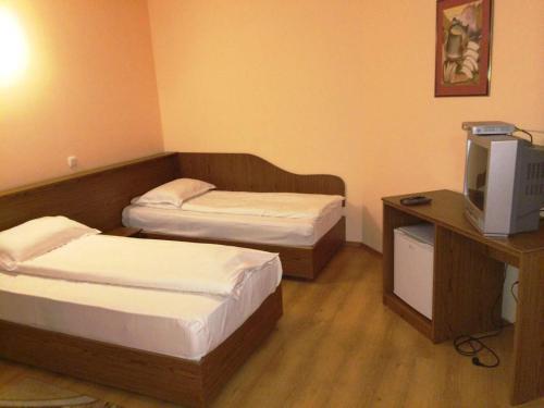 Premier Resort, Feleacu