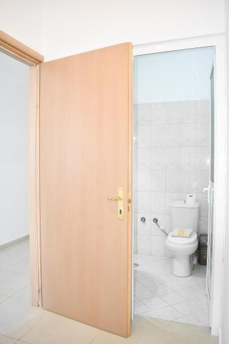 Little Comfy Rooms, Delvinës