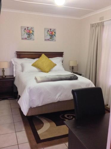 Vinolux Guest House, O.R.Tambo