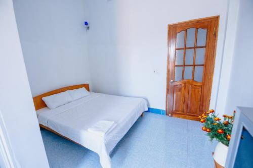 Light hotel, Ninh Hòa