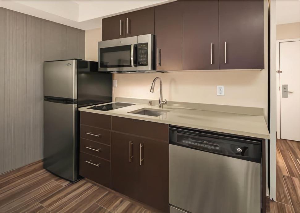 ApartStay Inn & Suites,