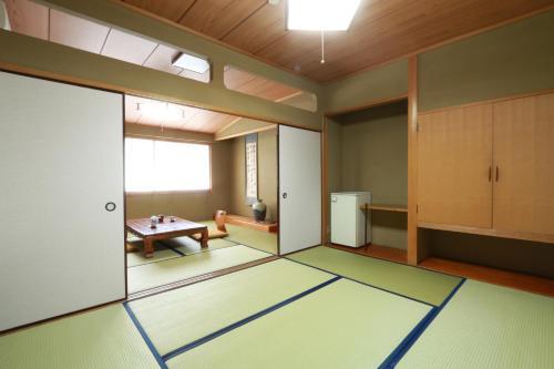 Ryokan Miki, Yamaga