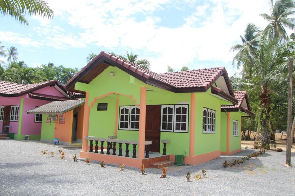 Tipmontri Resort, Khanom