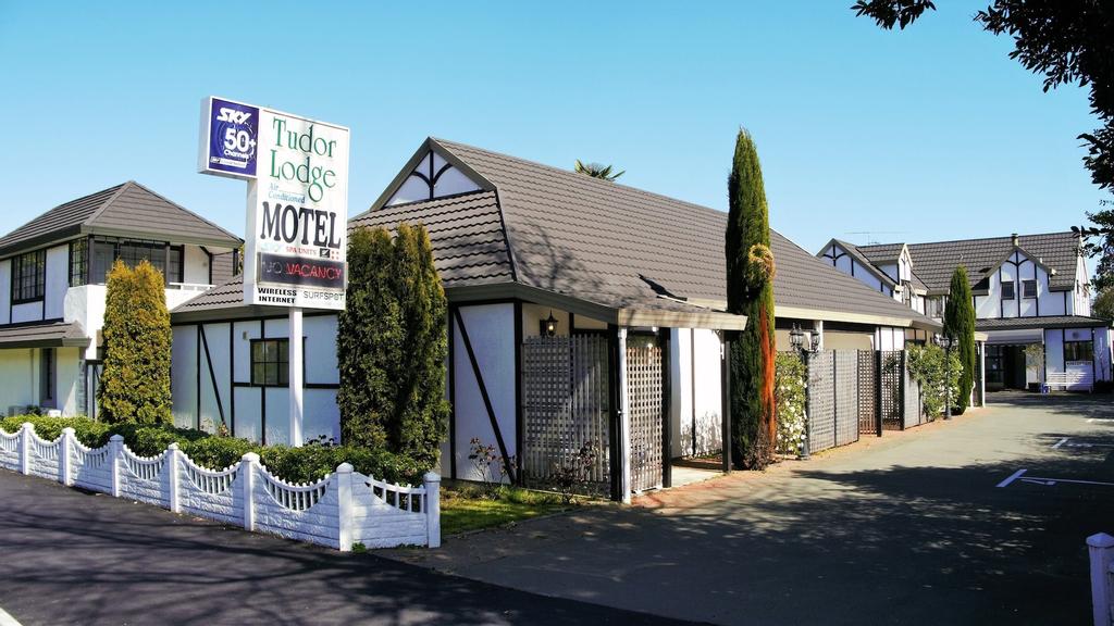 Tudor Lodge Motel, Nelson