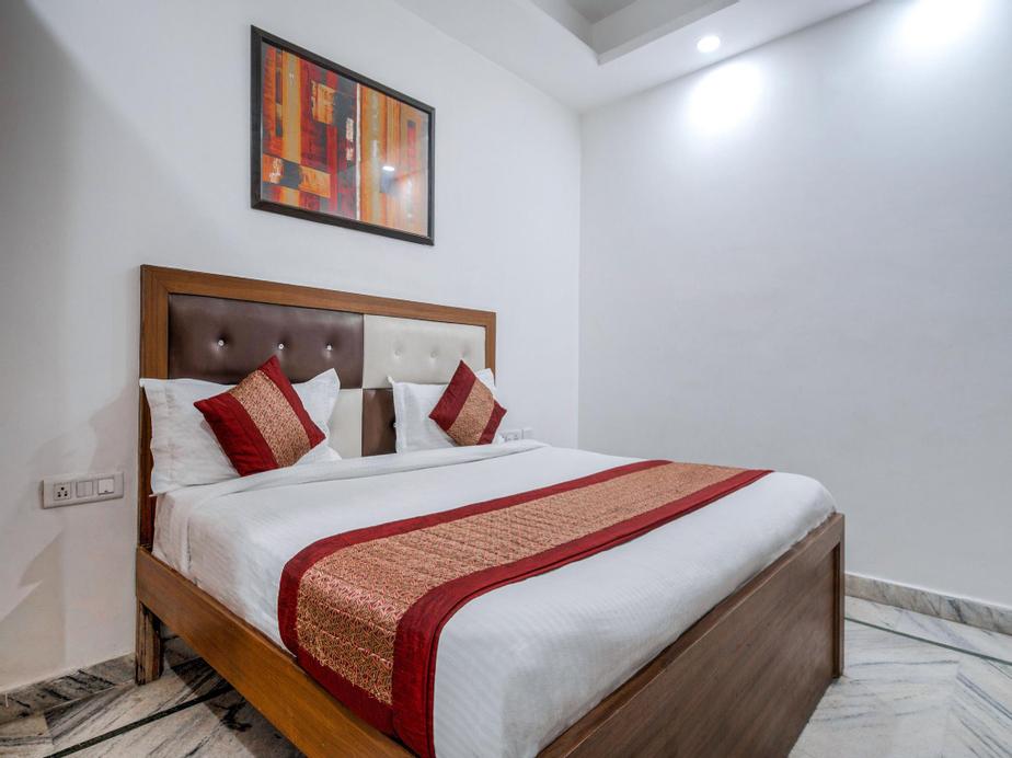 Capital O 6340 Hotel Noida, Gautam Buddha Nagar