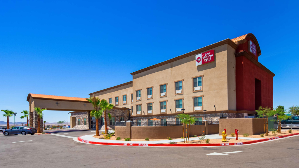 Best Western Plus Commerce Parkway Inn & Suites, San Bernardino