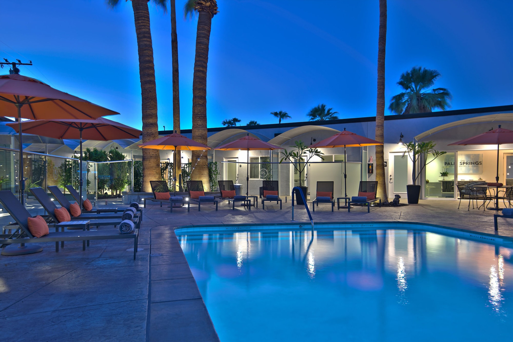 The Palm Springs Hotel, Riverside