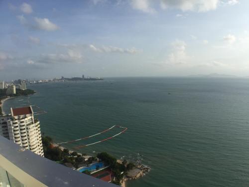 The palm high floor seaview, Pattaya