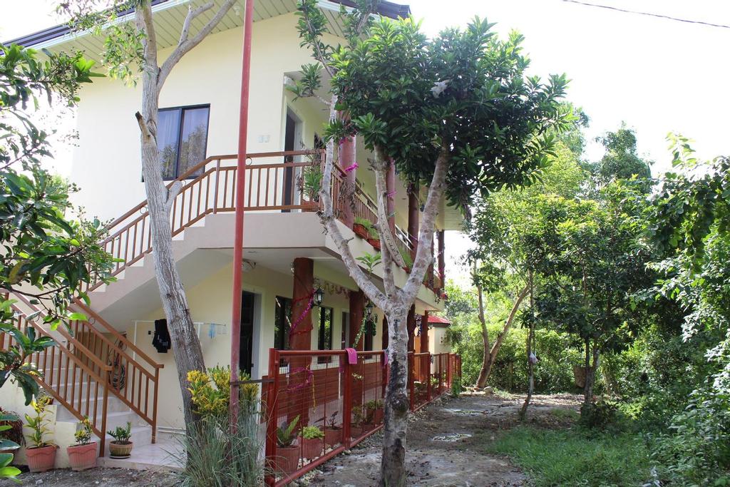 Veronica's Apartment, Panglao