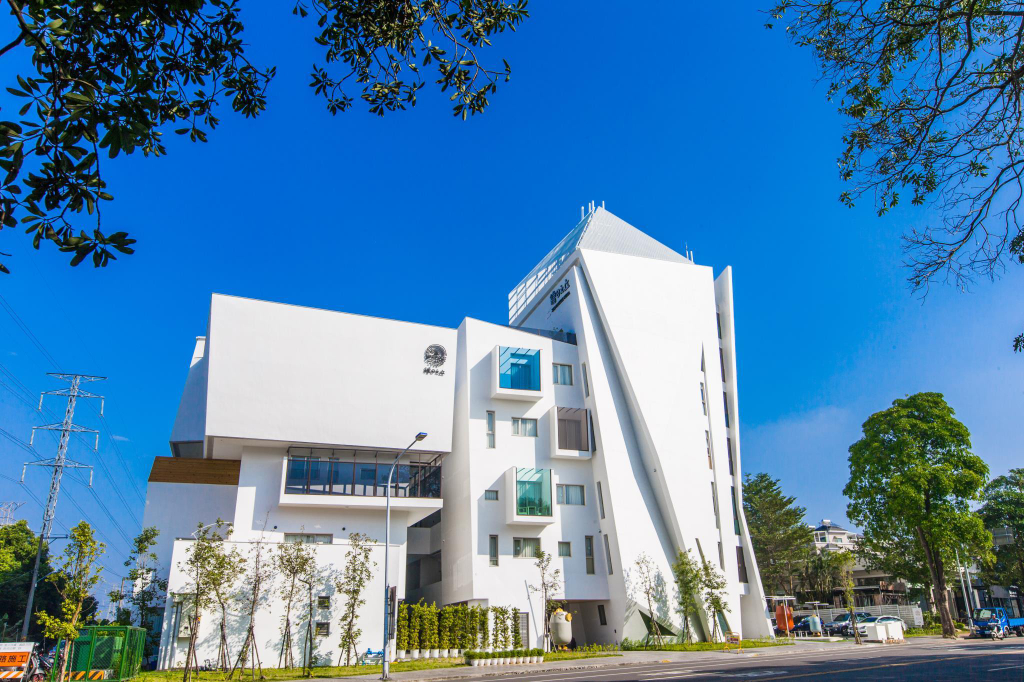 Sun Dialogue Hotel by Cosmos Creation, Chiayi City