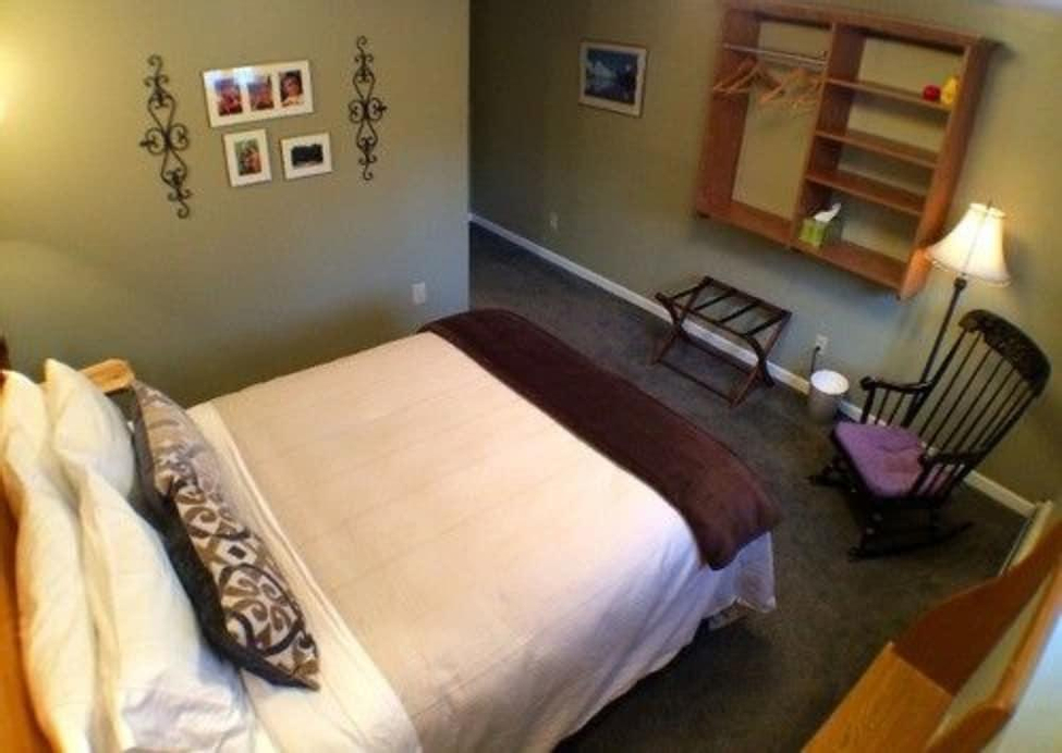 FIREWEED MANOR BED AND BREAKFAST - ADULT ONLY, Anchorage