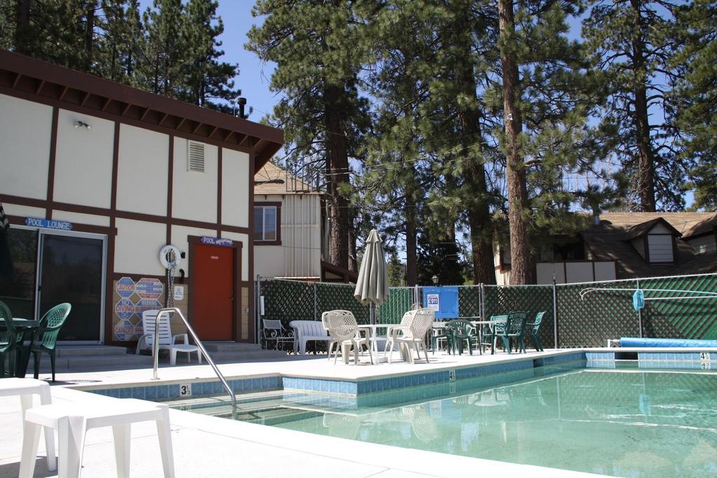 The Timberline Lodge, San Bernardino