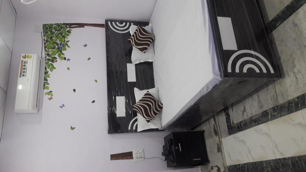 Rajdhani Guest House, Faridabad