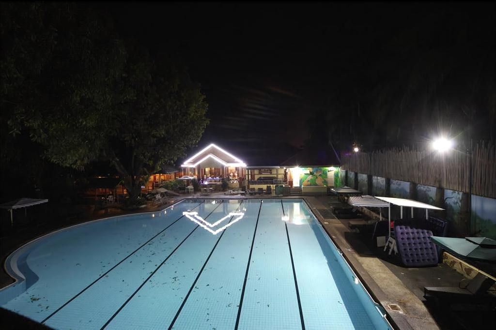 Woodland Hotel, Mabalacat