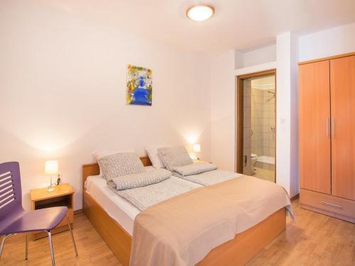 Apartments in Vrbnik/Insel Krk 13611, Vrbnik