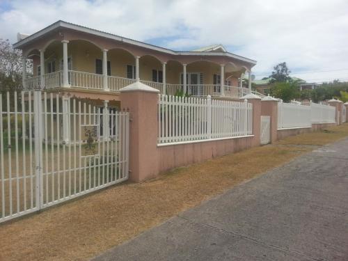 Cades Bay Villa,