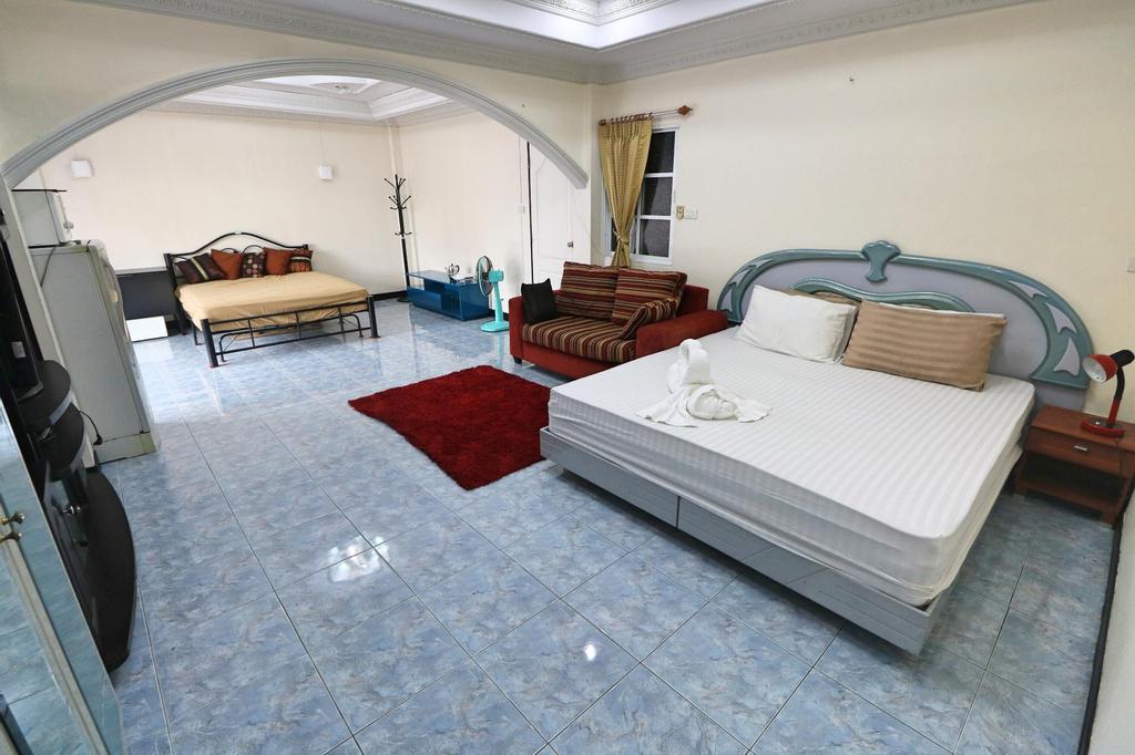 HansLankari guesthouse, Pattaya