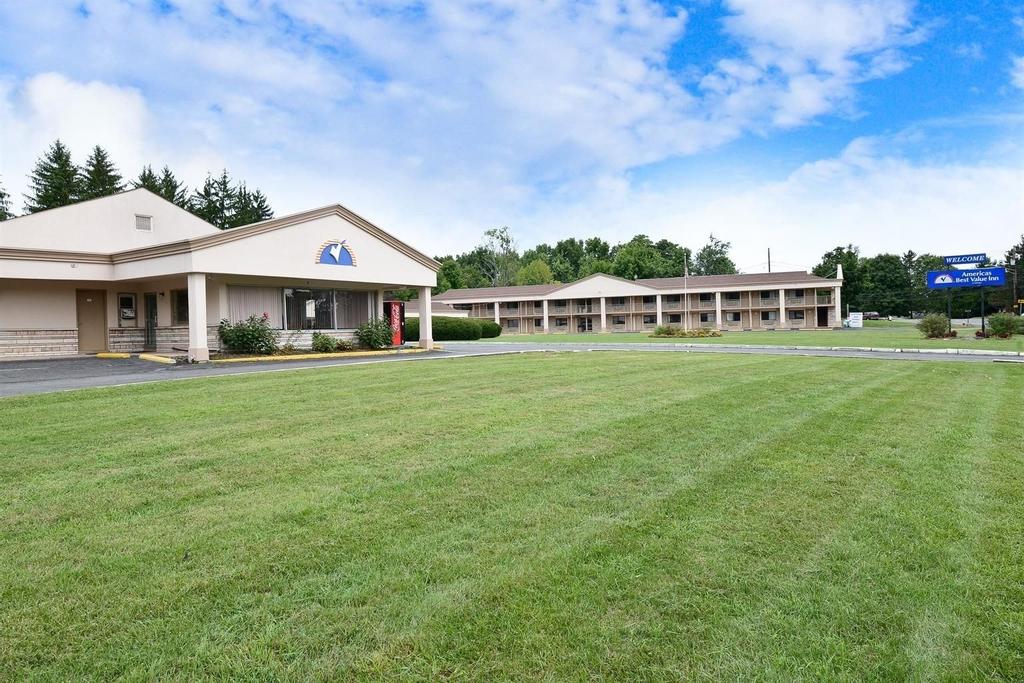 Americas Best Value Inn, Central Valley, Orange