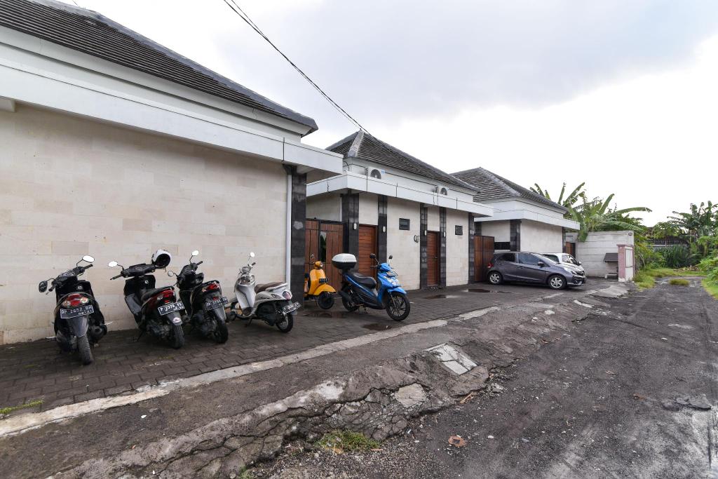 RedDoorz near Duta Plaza Mall Denpasar, Denpasar